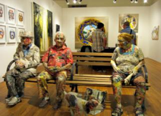 Reaproveitando jornais e revistas, o artista WILL KURTZ cria suas esculturas procurando retratar personagens do nosso cotidiano.  Confira!