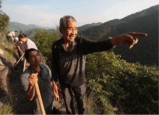 Este homem passou 36 anos escavando as montanhas, abrindo um canal  para levar  água para sua aldeia. Confira!