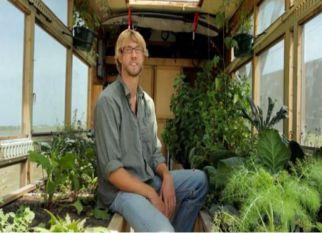 Projeto muito legal, COMPASS GREEN, uma horta-escola sobre rodas. Confira!