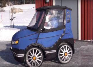 Uma bicicleta que parece até um carrinho dos Flintstones ... Confira